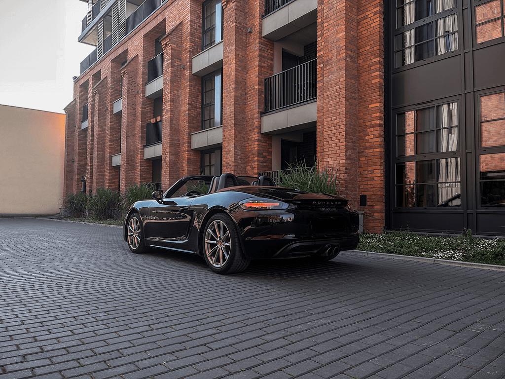 Wynajem Porsche 718 Boxster